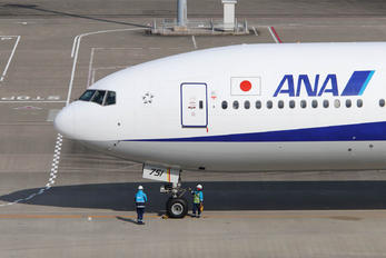 JA751A - ANA - All Nippon Airways Boeing 777-300