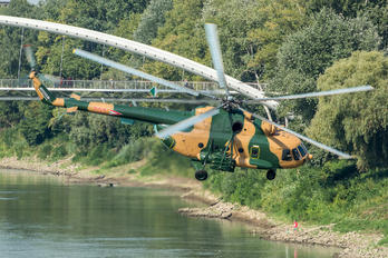 703 - Hungary - Air Force Mil Mi-17
