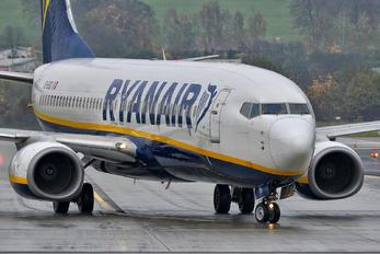 EI-EKD - Ryanair Boeing 737-800