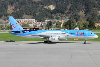 G-OOBE - TUI Airlines UK Boeing 757-200