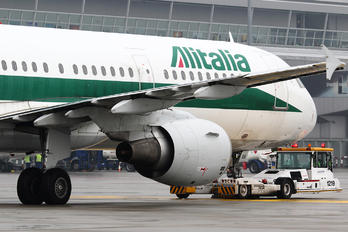 I-BIXS - Alitalia Airbus A321