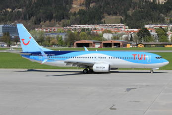 G-FDZJ - TUI Airlines UK Boeing 737-800
