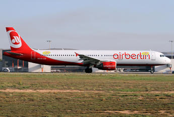 OE-LCD - Niki Airbus A321