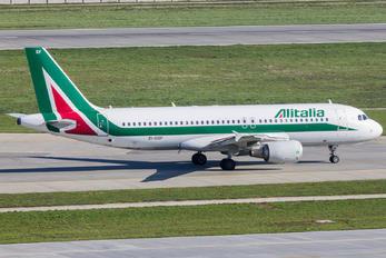 EI-DSF - Alitalia Airbus A320