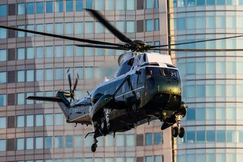 159359 - USA - Marine Corps Sikorsky VH-3D Sea King