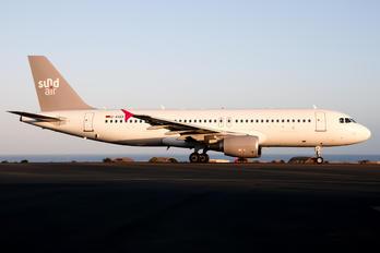 D-ASEF - Sundair Airbus A320