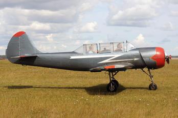 RA-1814G - Private Yakovlev Yak-52