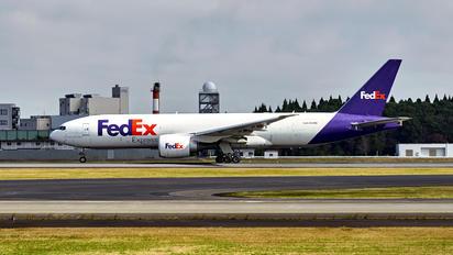 N864FD - FedEx Federal Express Boeing 777F