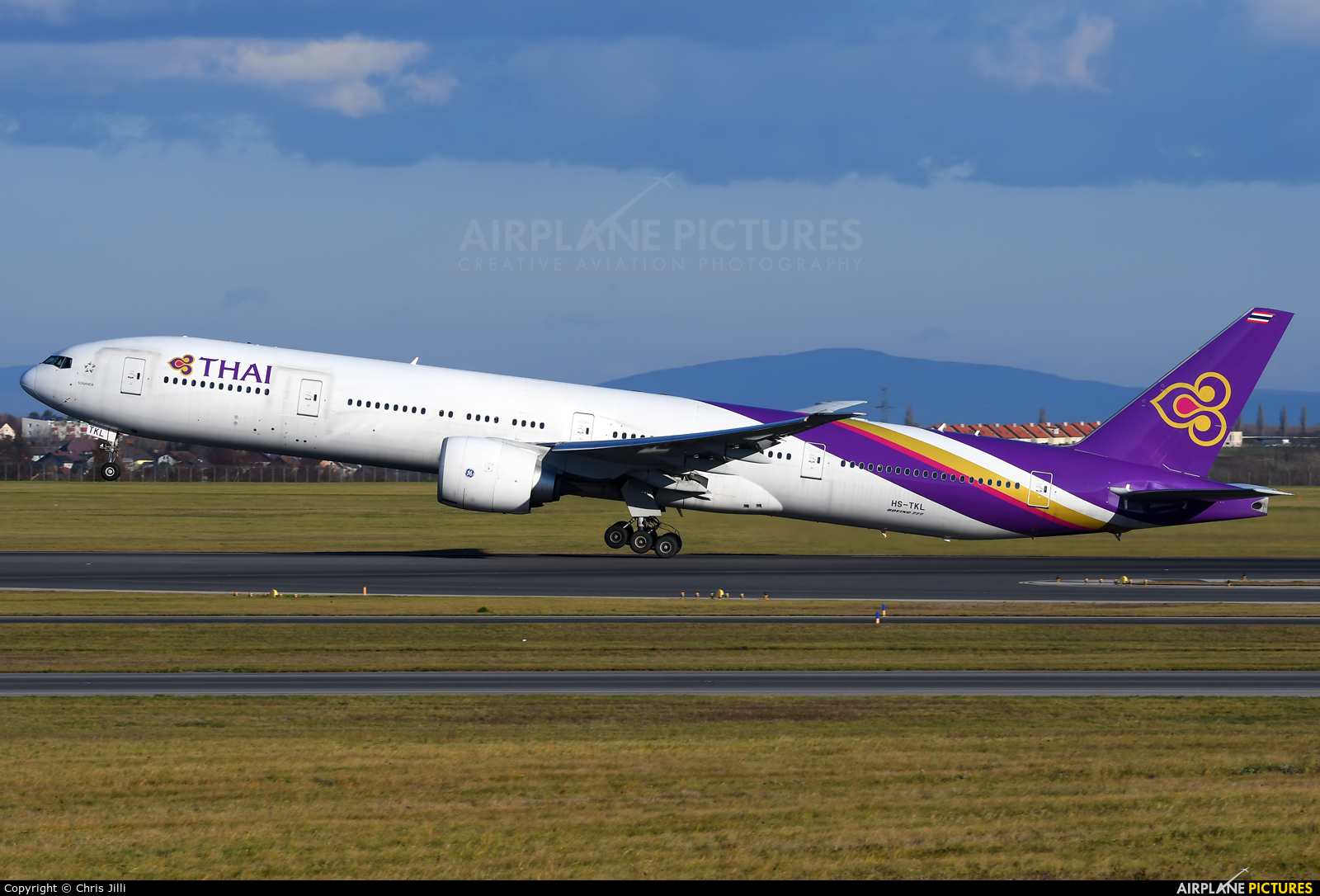Thai Airways HS-TKL aircraft at Vienna - Schwechat