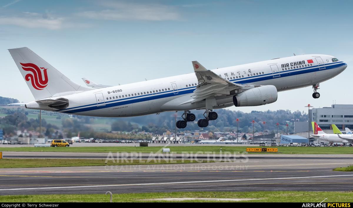Air China B-6090 aircraft at Zurich
