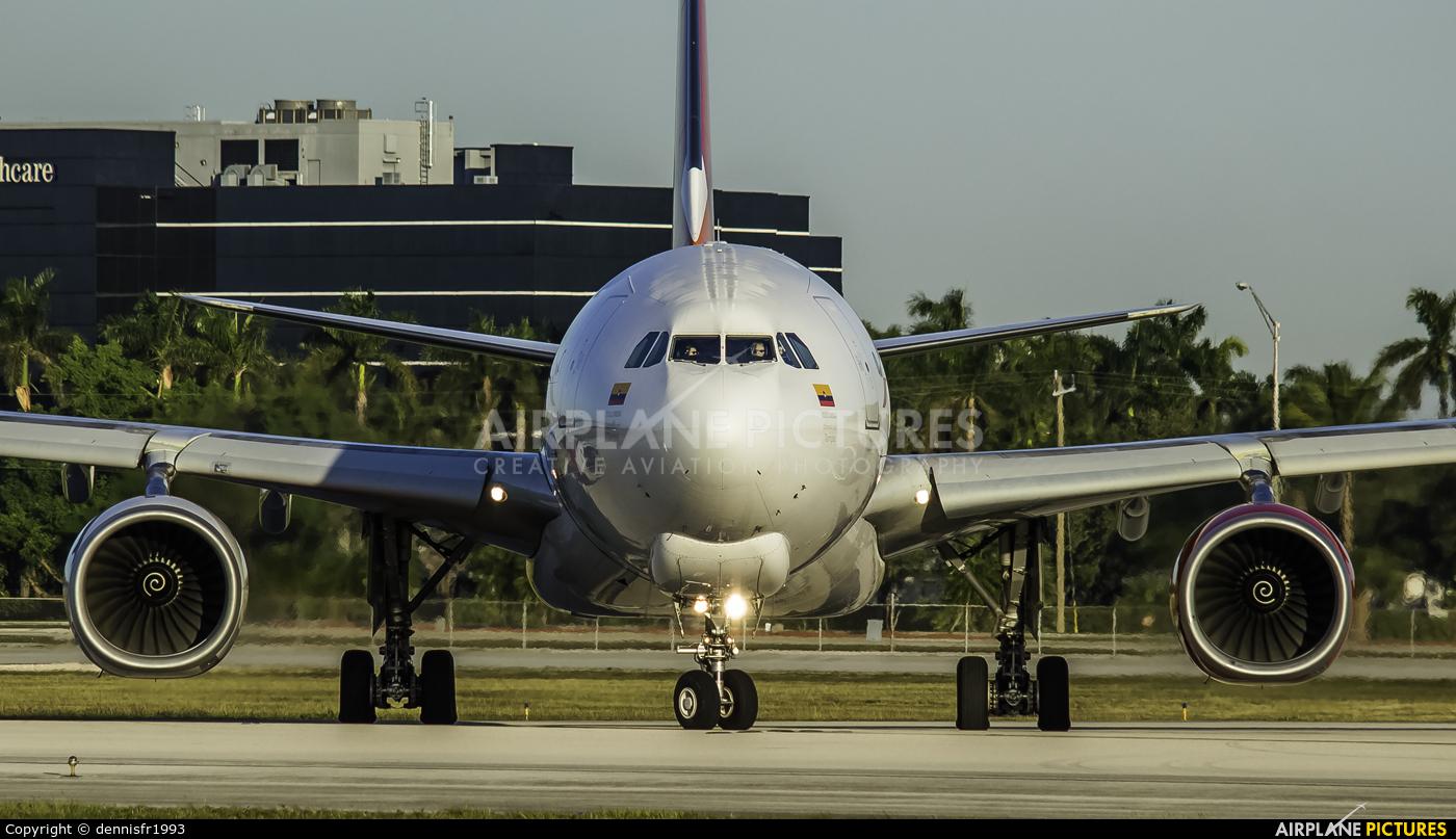 Avianca Cargo N335QT aircraft at Miami Intl