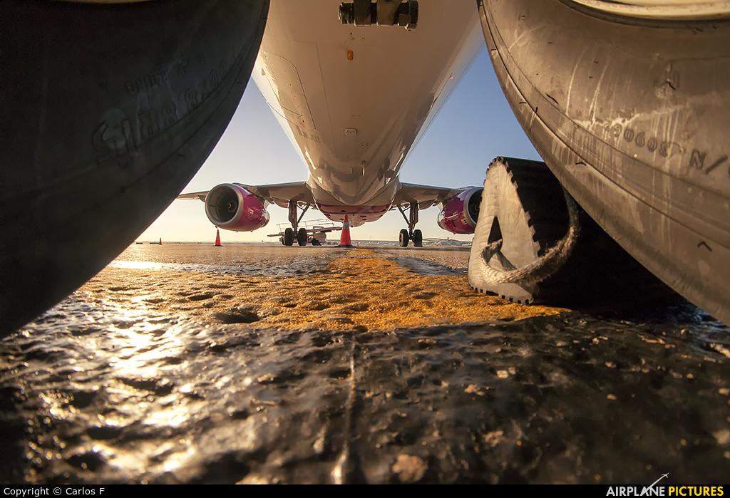 Wizz Air HA-LPV aircraft at Barcelona - El Prat
