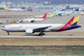 HL7739 - Asiana Airlines Boeing 777-200ER