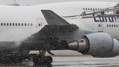 D-ABVO - Lufthansa Boeing 747-400