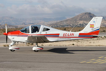 EC-LAN - Private Tecnam P2002