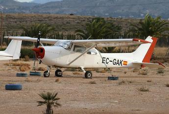 EC-GAK - Private Cessna 172 Skyhawk (all models except RG)