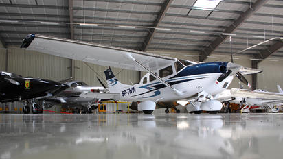 SP-THW - Private Cessna 206 Stationair (all models)
