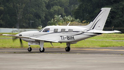 TI-BIH - Private Piper PA-46 Malibu Meridian / Jetprop DLX