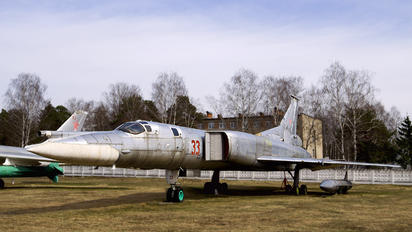 33 - Russia - Air Force Tupolev Tu-22M0 Backfire