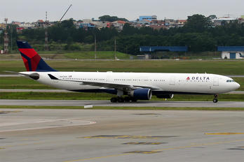 N807NW - Delta Air Lines Airbus A330-300