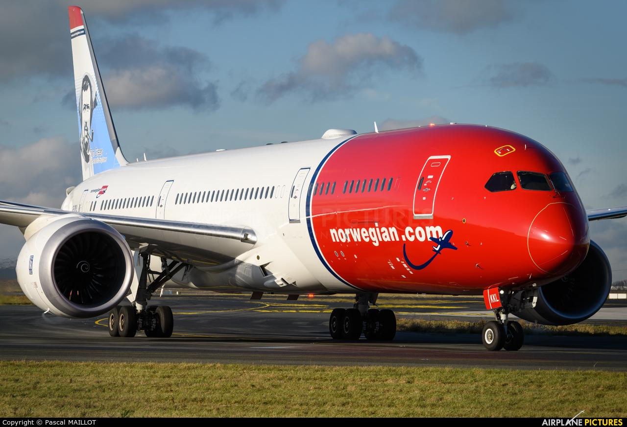 Norwegian Air UK G-CKKL aircraft at Paris - Charles de Gaulle
