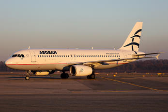 SX-DVT - Aegean Airlines Airbus A320