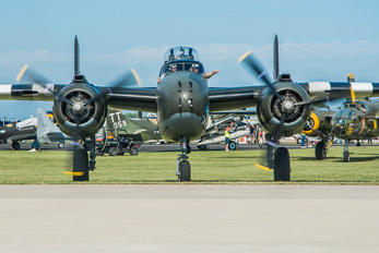 C-CGWM - Canadian Warplane Heritage North American B-25N Mitchell