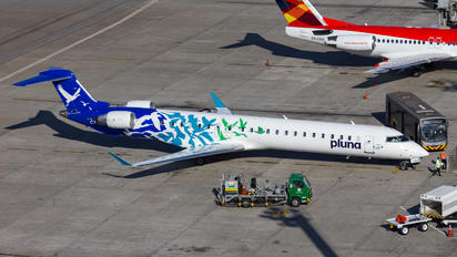 CX-CRH - Pluna Canadair CL-600 CRJ-900
