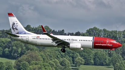 LN-DYD - Norwegian Air Shuttle Boeing 737-800