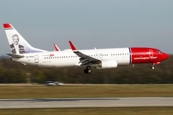 LN-NGO - Norwegian Air Shuttle Boeing 737-800