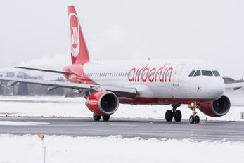 D-ABNI - Air Berlin Airbus A320