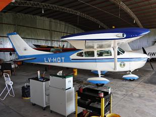 LV-HOT - Private Cessna 182 Skylane (all models except RG)