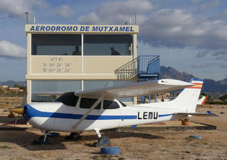 LEMU - - Airport Overview - Airport Overview - Control Tower