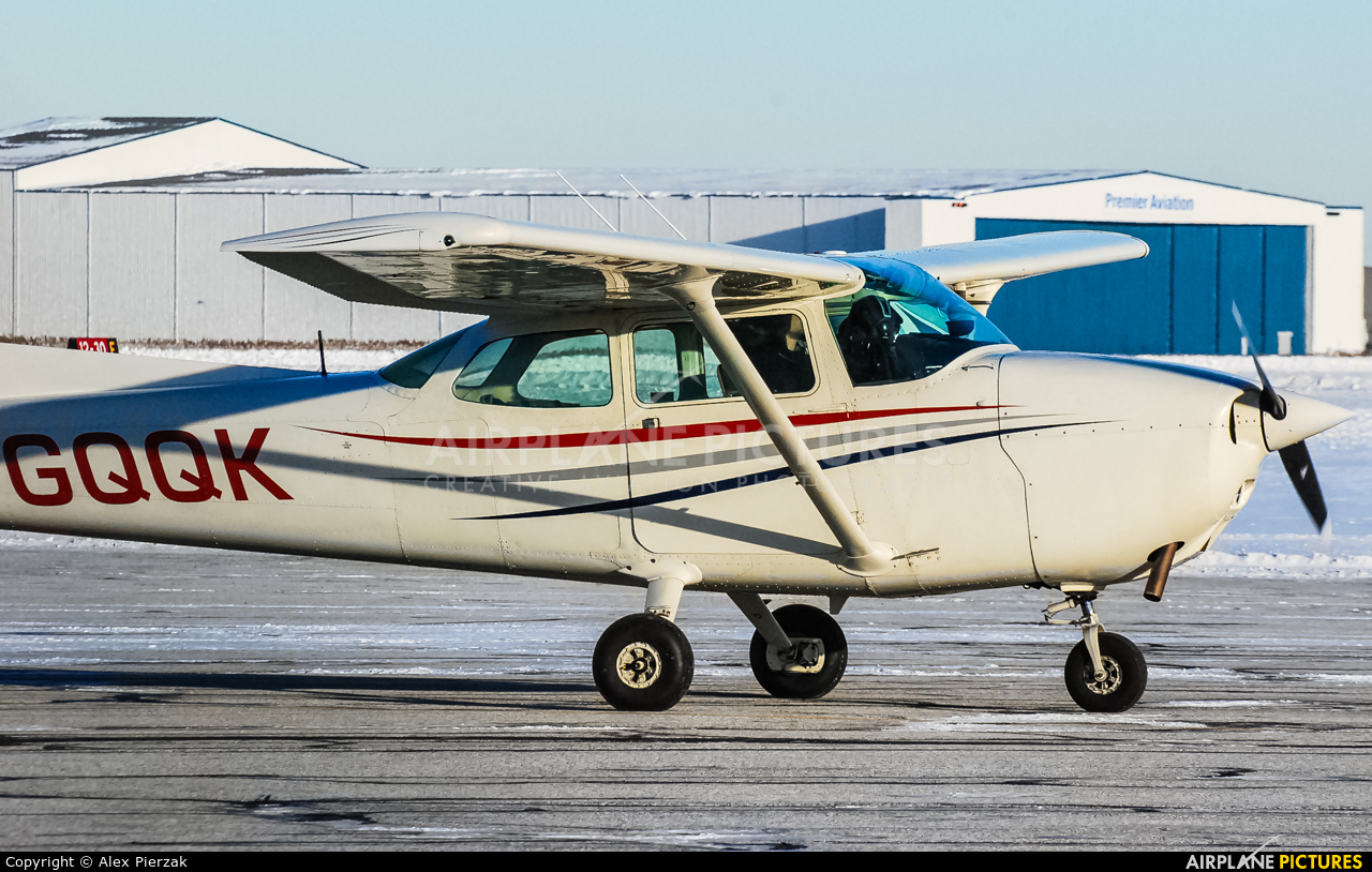 Private C-GQQK aircraft at Windsor, ON