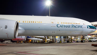 B-HNN - Cathay Pacific Boeing 777-300
