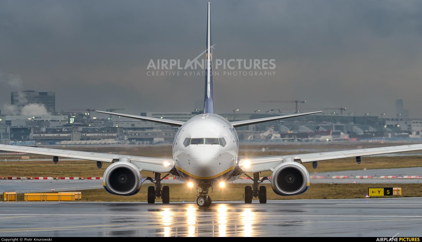 Ryanair EI-FID aircraft at Frankfurt