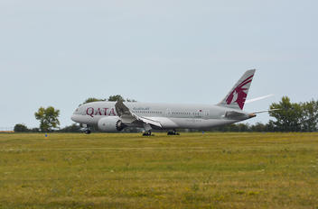 A7-ADB - Qatar Airways Boeing 787-8 Dreamliner
