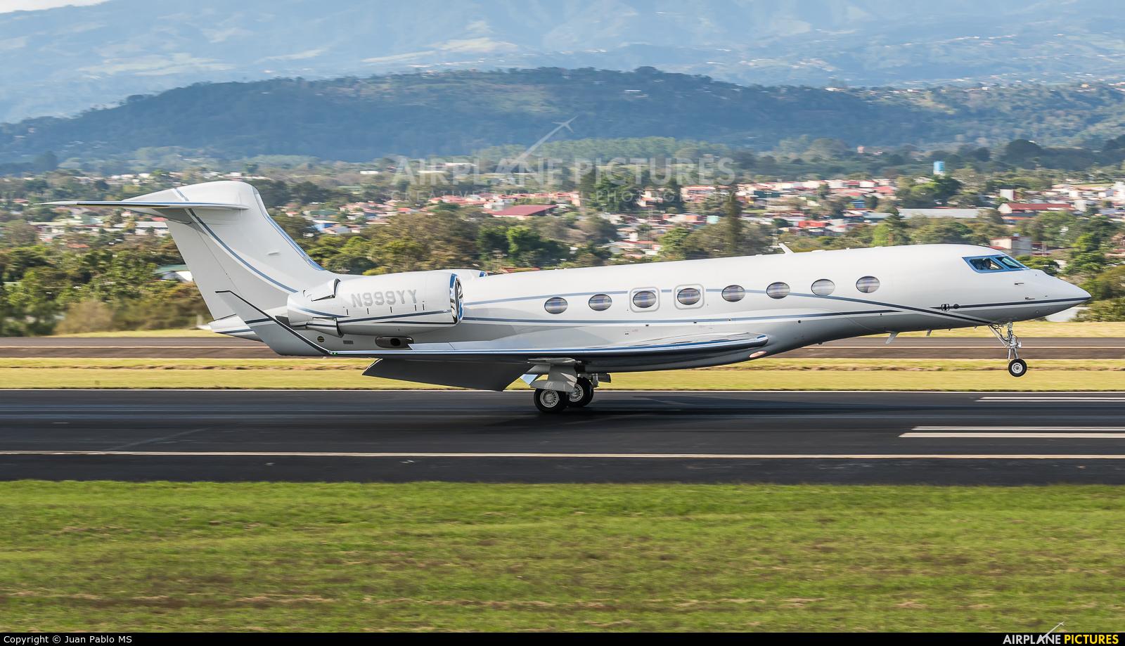 Private N999YY aircraft at San Jose - Juan Santamaría Intl