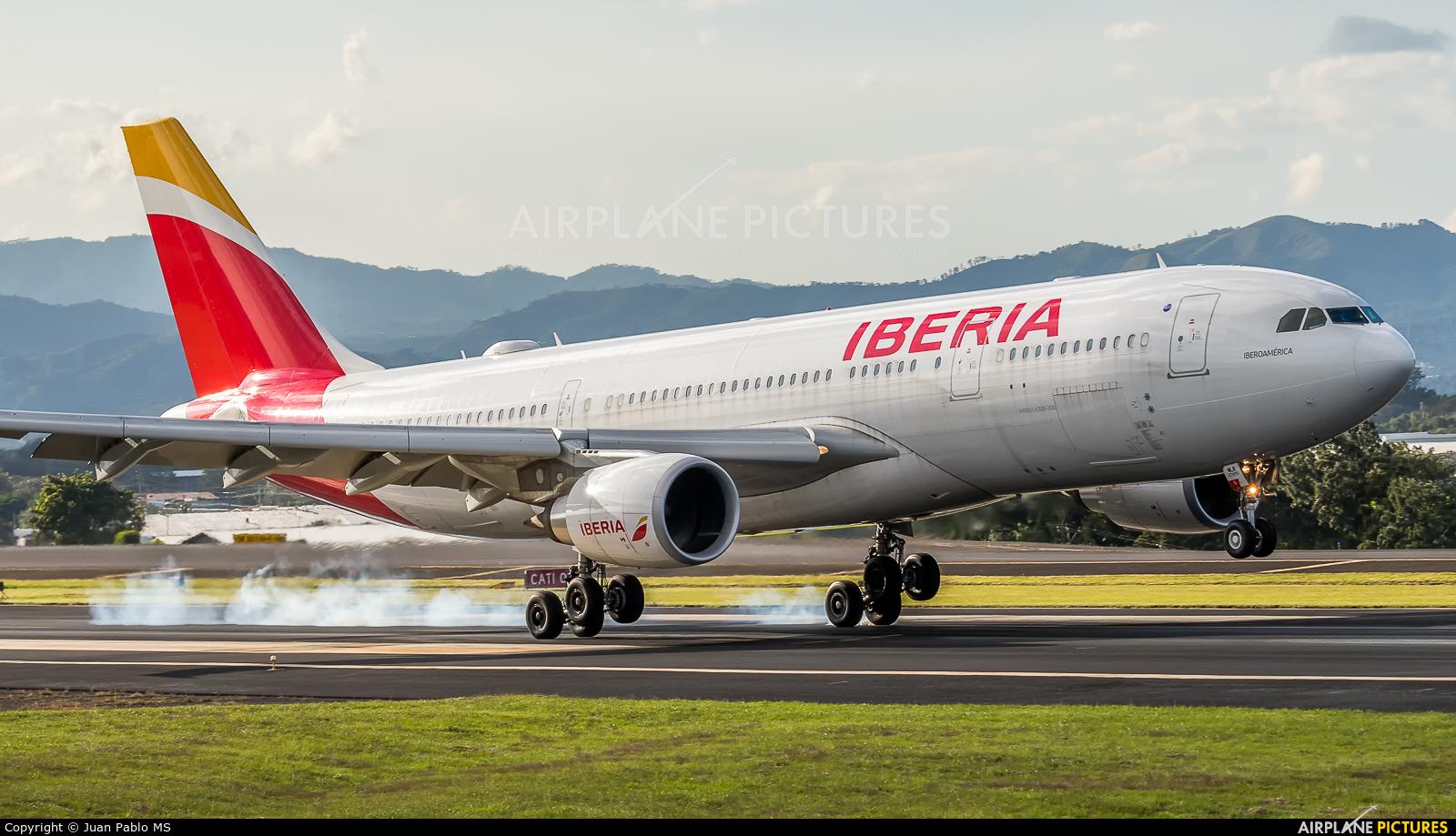 Iberia EC-MLB aircraft at San Jose - Juan Santamaría Intl