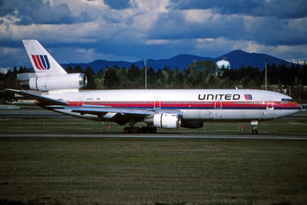 N1813U - United Airlines McDonnell Douglas DC-10