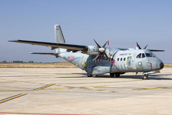 111 - France - Air Force Casa CN-235