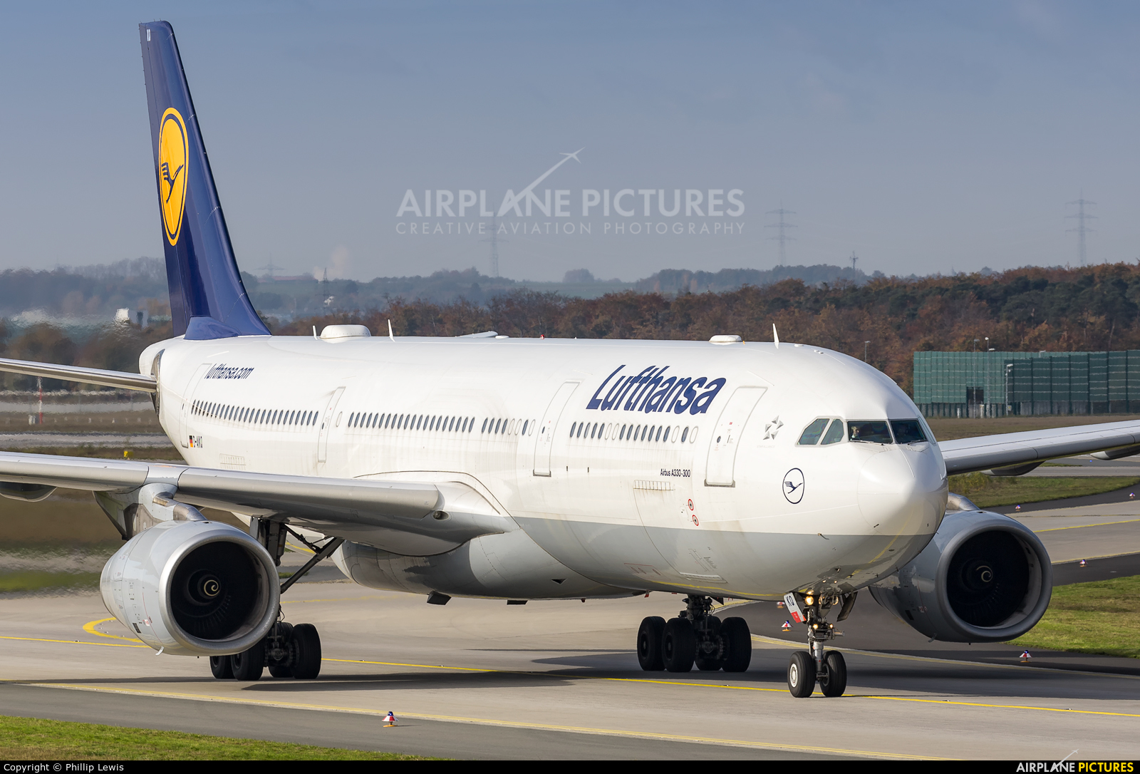 Lufthansa D-AIKQ aircraft at Frankfurt