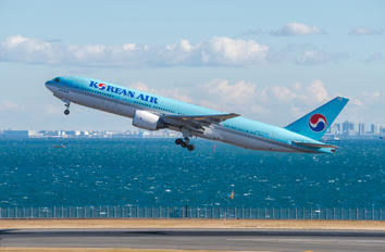 HL7766 - Korean Air Boeing 777-200