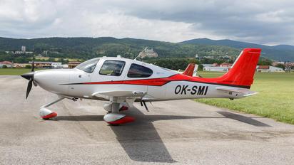 OK-SMI - Private Cirrus SR22