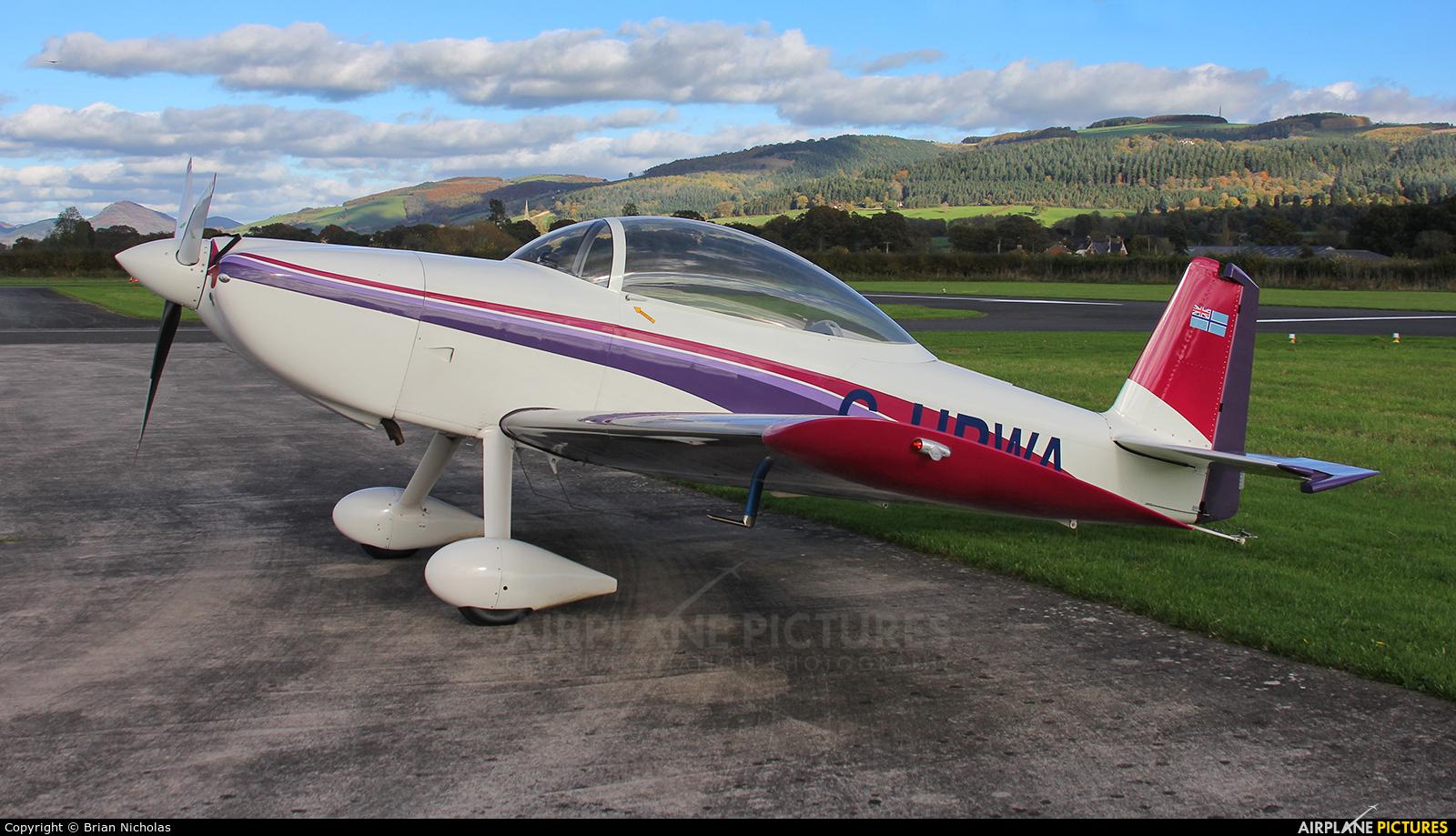 Private G-HPWA aircraft at Welshpool