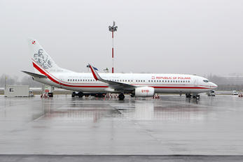 0110 - Poland - Air Force Boeing 737-86X(WL)