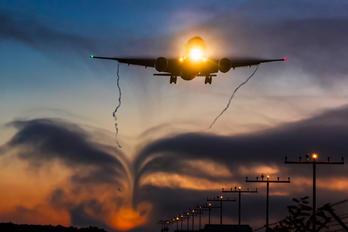 - - Lufthansa Cargo Boeing 777F