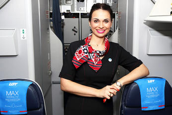 SP-LVB - - Aviation Glamour - Aviation Glamour - Flight Attendant