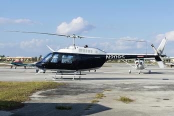 N209S - Private Bell 206B Jetranger