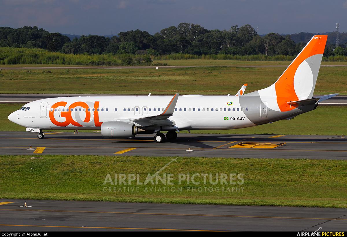 GOL Transportes Aéreos  PR-GUV aircraft at Curitiba -  Afonso Pena
